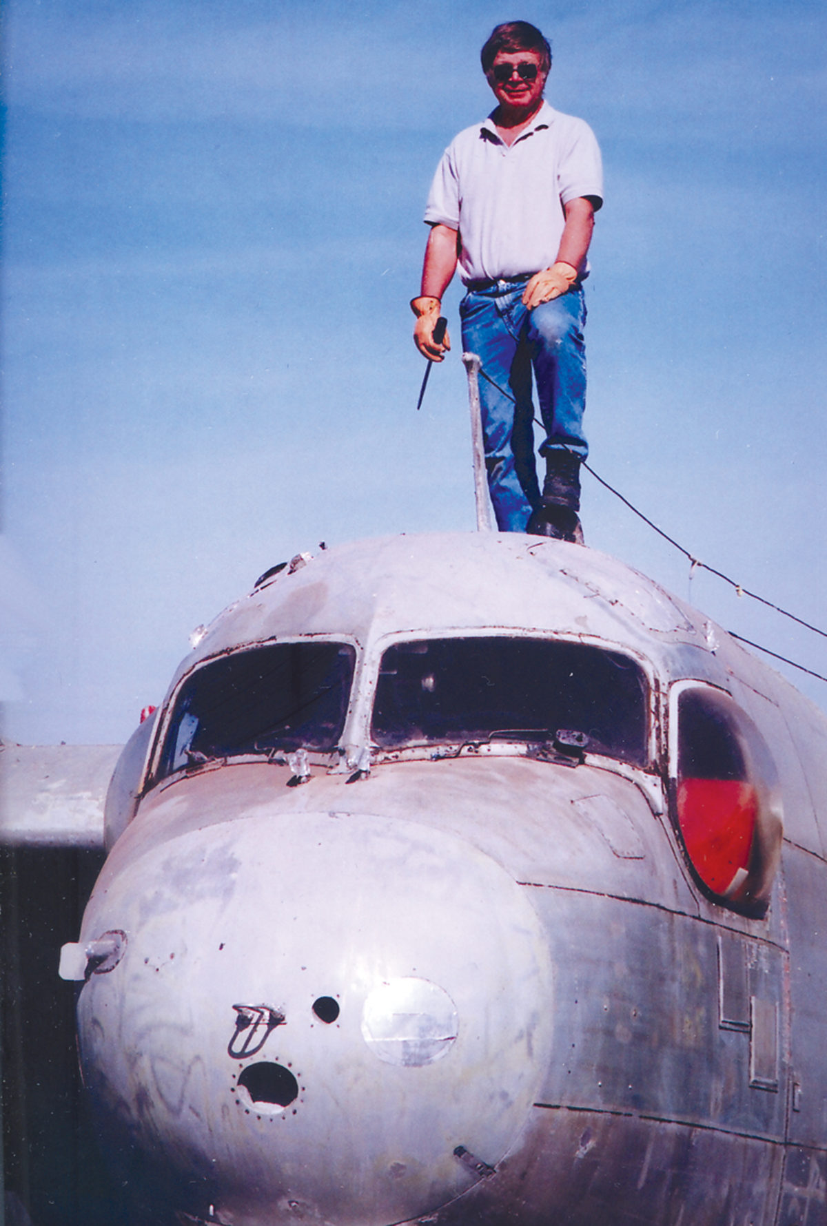 hans_standing_on_c-1a_large